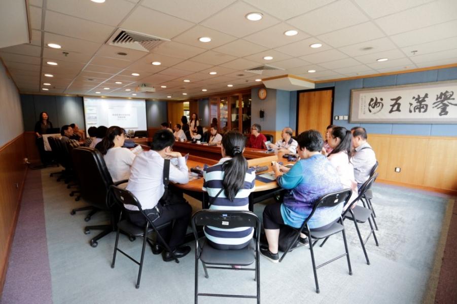 香港中成藥商會到訪STC